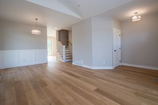 Photo 6: 2240 Southeast 15 Avenue in Salmon Arm: HILLCREST HEIGHTS House for sale (SE Salmon Arm)  : MLS®# 10158069