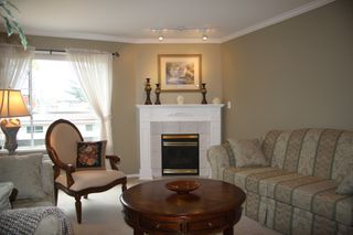 Photo 7: 210 2626 Countess Place in Abbotsford: Condo for sale : MLS®# R2360514