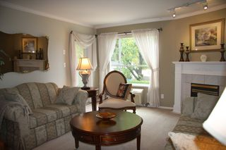 Photo 6: 210 2626 Countess Place in Abbotsford: Condo for sale : MLS®# R2360514