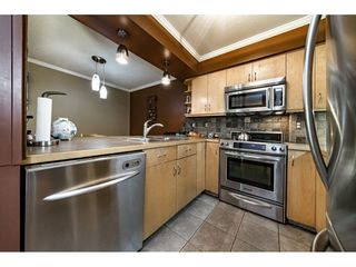 Photo 5: 109 932 ROBINSON STREET in Coquitlam: Coquitlam West Condo for sale : MLS®# R2313900