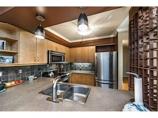 Photo 6: 109 932 ROBINSON STREET in Coquitlam: Coquitlam West Condo for sale : MLS®# R2313900