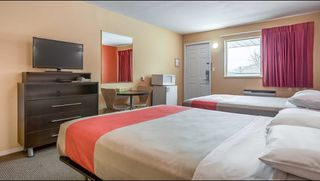 Photo 7: Hotel/Motel with property in Cache Creek, BC in Cache Creek: Business with Property for sale
