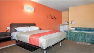 Photo 11: Hotel/Motel with property in Cache Creek, BC in Cache Creek: Business with Property for sale