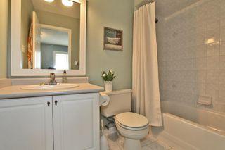 Photo 10: 2020 Blue Jay Blvd in : 1022 - WT West Oak Trails FRH for sale (Oakville)  : MLS®# OM2036050