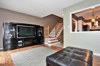 Photo 7: 2020 Blue Jay Blvd in : 1022 - WT West Oak Trails FRH for sale (Oakville)  : MLS®# OM2036050