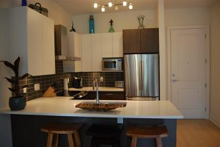 """Photo 5: 502 6480 195A Street in Surrey: Clayton Condo for sale in """"SALIX"""" (Cloverdale)  : MLS®# R2388933"""