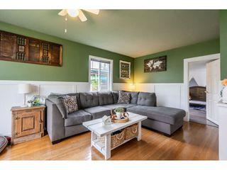 Photo 3: 41949 KIRK Avenue: Yarrow House for sale : MLS®# R2460160