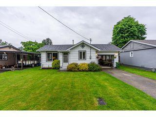 Photo 2: 41949 KIRK Avenue: Yarrow House for sale : MLS®# R2460160