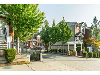 "Photo 2: 78 19551 66 Avenue in Surrey: Clayton Townhouse for sale in ""Manhattan Skye"" (Cloverdale)  : MLS®# R2496228"