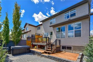 Photo 2: 583 Everbrook Way SW in Calgary: Evergreen Detached for sale : MLS®# A1033176