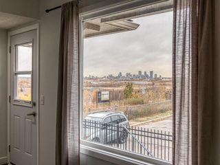 Photo 2: 17N 203 Lynnview Road SE in Calgary: Ogden Row/Townhouse for sale : MLS®# A1041698