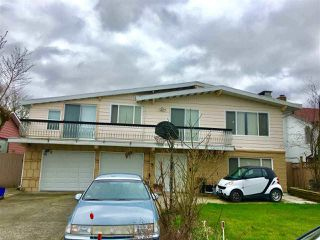 Main Photo: 10580 HOGARTH Drive in Richmond: Woodwards House for sale : MLS®# R2512993