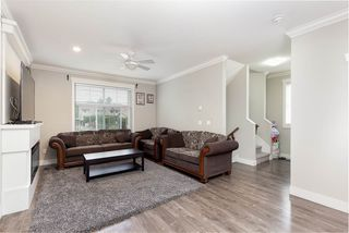"Photo 3: 5 33860 MARSHALL Road in Abbotsford: Central Abbotsford Townhouse for sale in ""Marshall Mews"" : MLS®# R2528365"