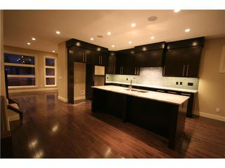 Photo 2: 2231 28 Avenue SW in CALGARY: Richmond Park Knobhl Residential Attached for sale (Calgary)  : MLS®# C3508608