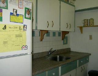 Photo 8: 921 JEFFERSON AV in WINNIPEG: Residential for sale (Canada)  : MLS®# 2908142