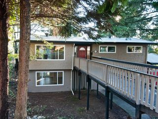 Photo 1: 32456 MCRAE Avenue in Mission: Mission BC House for sale : MLS®# F1300400
