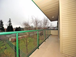 "Photo 9: 311 32044 OLD YALE Road in Abbotsford: Abbotsford West Condo for sale in ""GREEN GABLES"" : MLS®# F1302366"