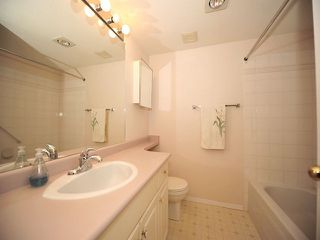 "Photo 6: 311 32044 OLD YALE Road in Abbotsford: Abbotsford West Condo for sale in ""GREEN GABLES"" : MLS®# F1302366"