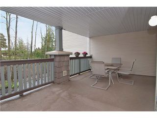 "Photo 10: 301 22233 RIVER Road in Maple Ridge: West Central Condo for sale in ""RIVER GARDENS"" : MLS®# V988700"