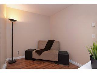 "Photo 9: 301 22233 RIVER Road in Maple Ridge: West Central Condo for sale in ""RIVER GARDENS"" : MLS®# V988700"
