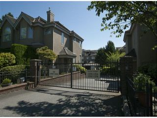 "Photo 2: 1534 BEST Street: White Rock Townhouse for sale in ""The Courtyards"" (South Surrey White Rock)  : MLS®# F1316341"