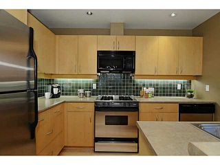 """Photo 5: 132 W 16TH Avenue in Vancouver: Cambie Townhouse for sale in """"CAMBIE VILLAGE"""" (Vancouver West)  : MLS®# V1025834"""