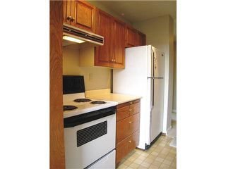 """Photo 2: 304 740 HAMILTON Street in New Westminster: Uptown NW Condo for sale in """"THE STATESMAN"""" : MLS®# V1081767"""