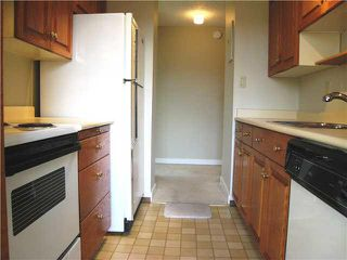 """Photo 4: 304 740 HAMILTON Street in New Westminster: Uptown NW Condo for sale in """"THE STATESMAN"""" : MLS®# V1081767"""