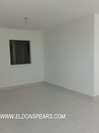 Photo 4: Condo in Edison Park, Panama Available