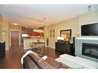 Photo 3: 407 4723 Dawson Street in Burnaby: Brentwood Park Condo for sale (Burnaby North)  : MLS®# V993827