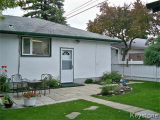 Photo 8: 18 Antoine Avenue in Winnipeg: Westwood / Crestview Single Family Detached for sale (West Winnipeg)  : MLS®# 1111905