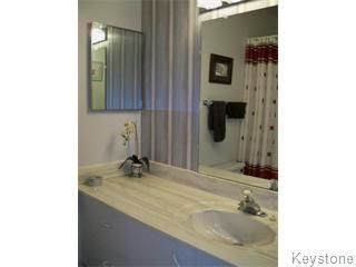 Photo 5: 18 Antoine Avenue in Winnipeg: Westwood / Crestview Single Family Detached for sale (West Winnipeg)  : MLS®# 1111905