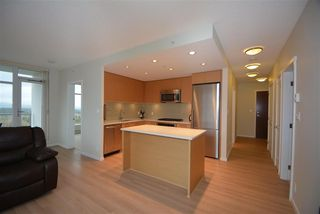 Photo 3: 2307 3102 WINDSOR Gate in Coquitlam: New Horizons Condo for sale : MLS®# R2029276