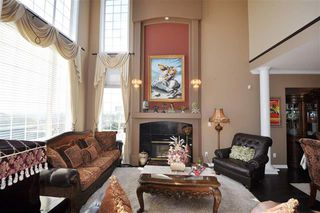 Photo 1: Coquitlam: Condo for sale : MLS®# R2052747