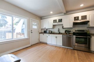 Photo 8: 905 EDINBURGH STREET in New Westminster: Moody Park House for sale : MLS®# R2067941