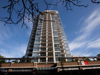 Photo 1: 1403 608 BELMONT STREET in New Westminster: Uptown NW Condo for sale : MLS®# R2149699