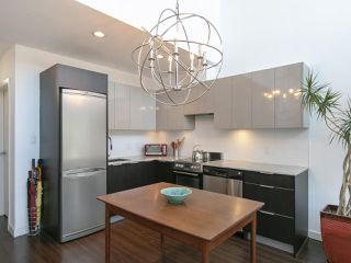 Photo 9: 306 429 WEST 2ND AVENUE in Vancouver: False Creek Condo for sale (Vancouver West)  : MLS®# R2314986