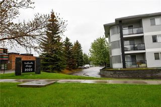 Photo 29: #209 2022 CANYON MEADOWS DR SE in Calgary: Queensland Condo for sale : MLS®# C4245571