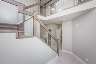 Photo 2: 17219 60 Street in Edmonton: Zone 03 House for sale : MLS®# E4167920
