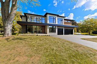 Main Photo: 173 Avondale Court in Burlington: Shoreacres House (2-Storey) for sale : MLS®# W4675463