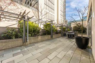 "Photo 18: 1004 989 NELSON Street in Vancouver: Downtown VW Condo for sale in ""THE ELECTRA"" (Vancouver West)  : MLS®# R2435336"
