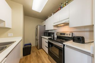 "Photo 7: 1004 989 NELSON Street in Vancouver: Downtown VW Condo for sale in ""THE ELECTRA"" (Vancouver West)  : MLS®# R2435336"