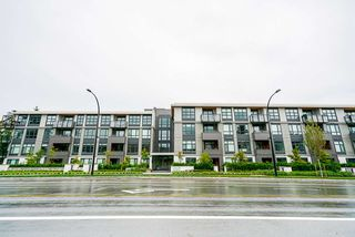 "Photo 2: 205 747 E 3RD Street in North Vancouver: Queensbury Condo for sale in ""Green on Queensbury"" : MLS®# R2476771"