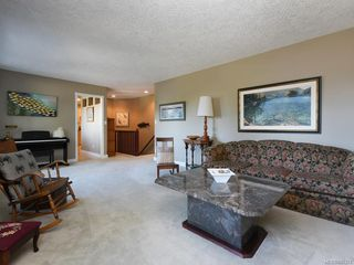 Photo 7: 1620 Nelles Pl in : SE Gordon Head House for sale (Saanich East)  : MLS®# 845374