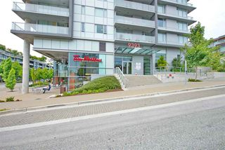 """Photo 3: 1107 9393 TOWER Road in Burnaby: Simon Fraser Univer. Condo for sale in """"Centerblock"""" (Burnaby North)  : MLS®# R2484859"""