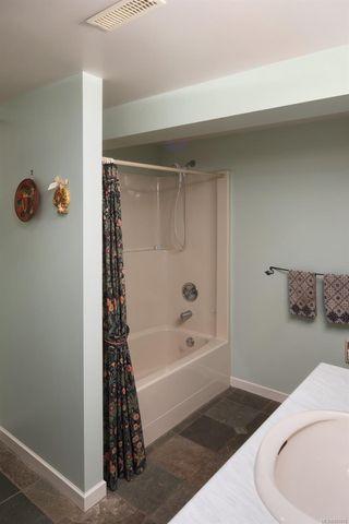 Photo 46: 637 Transit Rd in : OB South Oak Bay House for sale (Oak Bay)  : MLS®# 857616