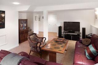 Photo 41: 637 Transit Rd in : OB South Oak Bay House for sale (Oak Bay)  : MLS®# 857616