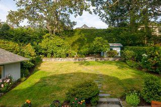 Photo 6: 637 Transit Rd in : OB South Oak Bay House for sale (Oak Bay)  : MLS®# 857616