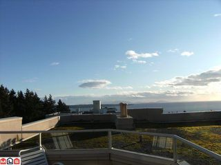 "Photo 10: 311 15111 RUSSELL Avenue: White Rock Condo for sale in ""Pacific Terrace"" (South Surrey White Rock)  : MLS®# F1209064"