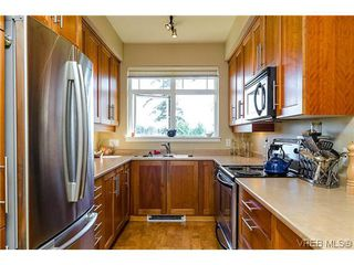 Photo 5: 401E 1115 Craigflower Rd in VICTORIA: Es Gorge Vale Condo for sale (Esquimalt)  : MLS®# 607992